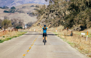 How to Ride with No Hands on a Road Bike