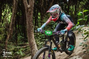Rae Morrison Wins 3 Peaks Enduro!