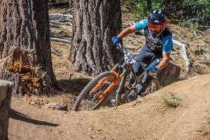 Vezina Wins North American Continental Enduro Series Title!