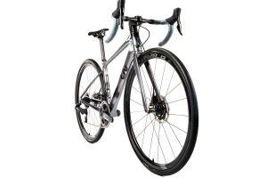 Avail i Pique wyróżnione przez magazyn Bicycling