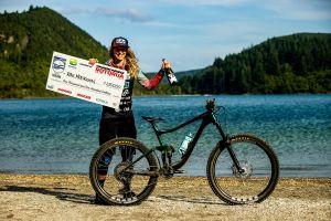 Rae Morrison Wins Giant TOA Enduro!