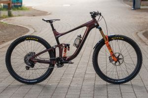 Bike Check: Josh Carlson's Reign Advanced Pro 29