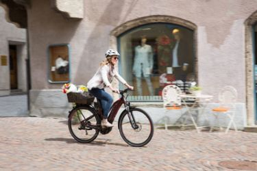 9 Things to Do on a E-Bike in the City