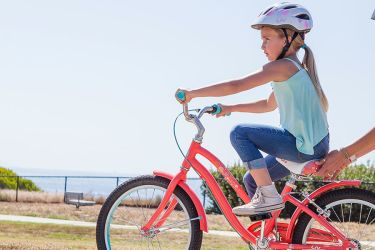 9 Tips for Teaching Anxious Kids to Bike