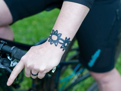 DIY: How To Make a Bike Tube Bracelet