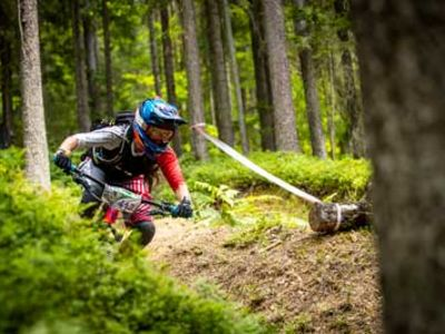 Enduro Racing Strategy: Risk and Reward