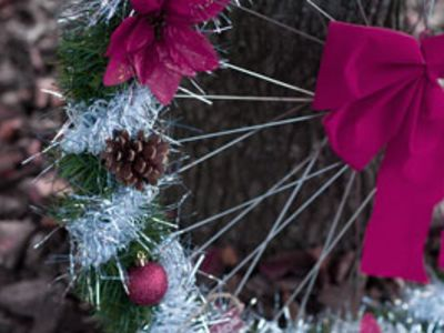 DIY: Make Your Own Bike Wheel Wreath
