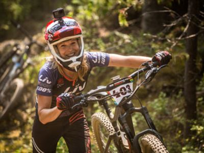 More Women Racing Enduro MTB