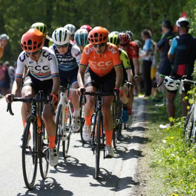 Ashleigh Moolman Pasio and Marianne Vos battle at the front during the 2019 Amstel Gold Race. Cor Vos Photo.