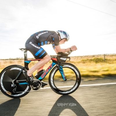 Sam rode a super strong 90km bike split in a time of 02:05:28 on his 2018 Trinity Advanced Pro. Photo: Korupt Vision