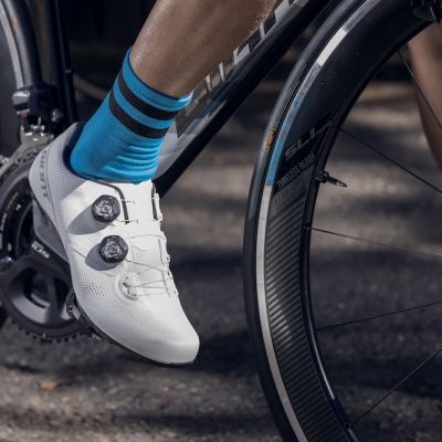 "BikeRadar said the new Surge Pro offers a ""comfortable yet stiff ride."""