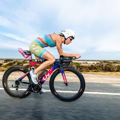 Radka Kahlefeldt raced aboard the Liv Avow Advanced Pro in Geelong, Australia. Korupt Vision Photo.