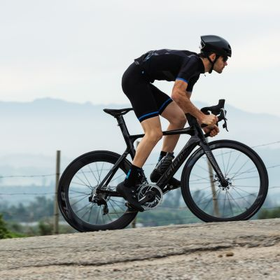 The new Propel Advanced SL Disc RED gives competitive road riders every advantage on the road. Aero efficiency, precision shifting and disc-brake control. Jake Orness photo.