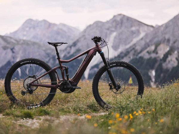 Bicycling Names Intrigue E+ Pro Best Women's E-MTB!