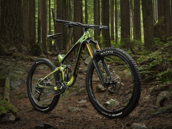 New Reign 29 Enduro Bike Draws Rave...