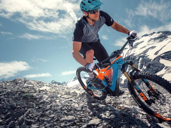 Giant Unveils New Full-Suspension Trail E-bikes!