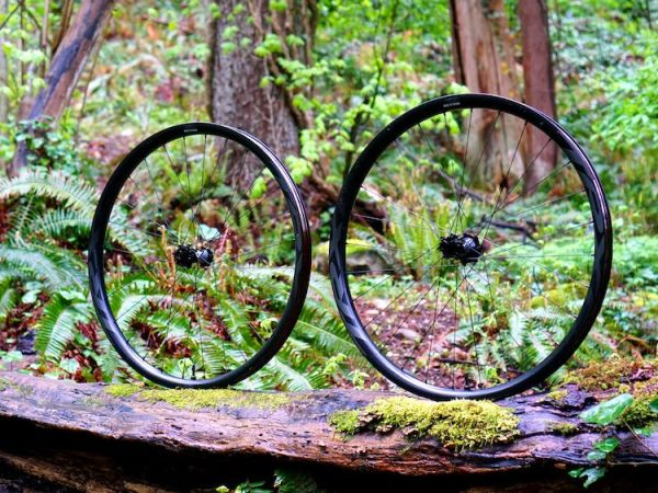 NSMB Reviews Lighter, More Durable TRX Trail Wheels