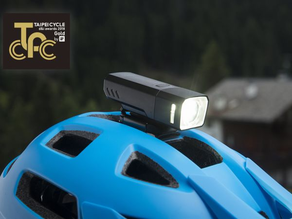 Recon Lights Win Design and Innovation Gold Medal Award!