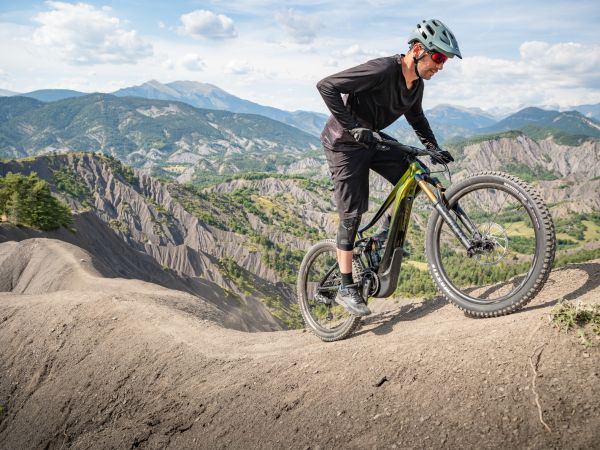 Giant Introduces All-New Reign E+ Pro E-bike!