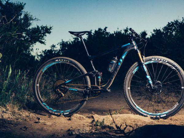 "Canadian Cycling: Anthem Advanced Pro 29 - это ""ракета, готовая к стар..."