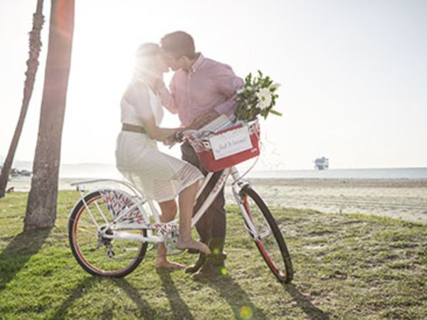 How to Plan a Bike Themed Wedding