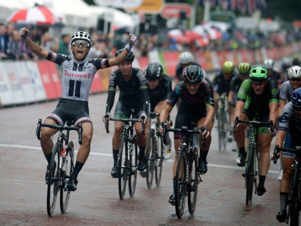 Coryn Rivera Wins Ride London Classique!