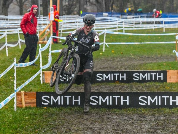 Sandra Walter Podiums at Canadian CX Nationals!