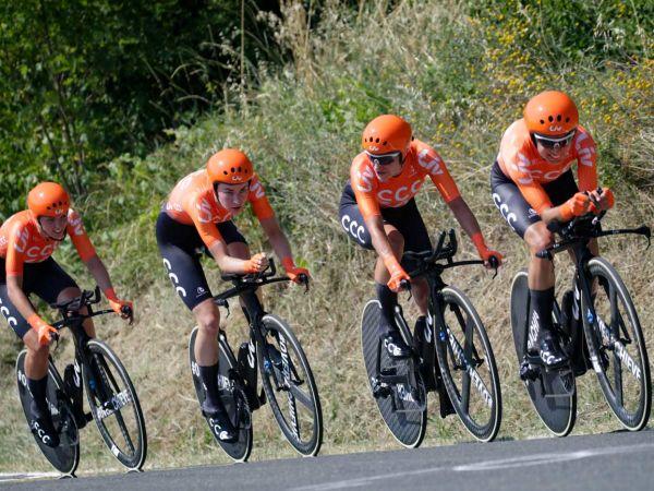 CCC-Liv 팀, 포디엄 피니시와 함께 Giro Rosa를 시작하다!