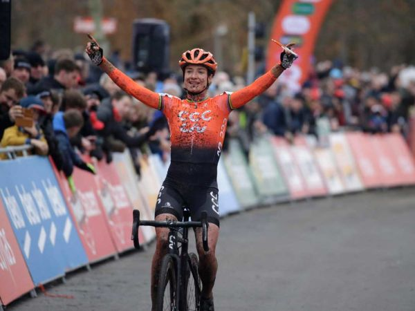 Marianne Vos Wins Ethias Cross!