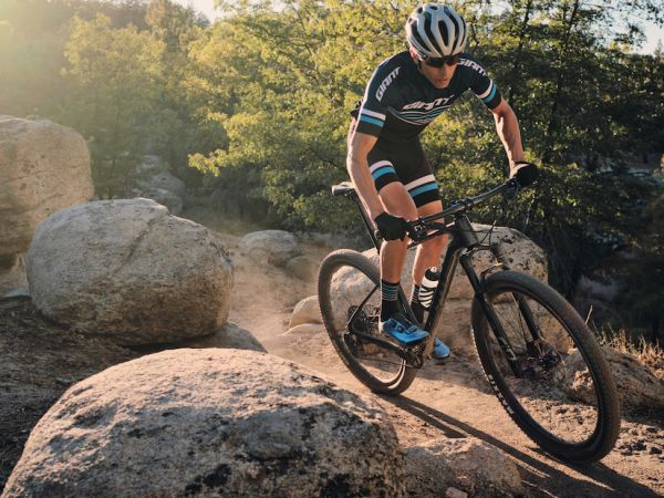 Giant Introduces All-New XtC 29 Ran...
