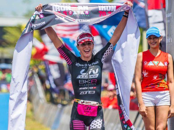 Victoire de Radka Kahlefeldt à l'Ironman 70.3 de Davao !