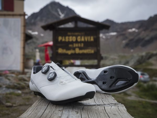 4.5 Stars For The Surge Pro Road Shoes!