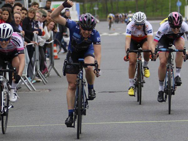 Division Nationale : Donnons des Elles au vélo victoire de Claire
