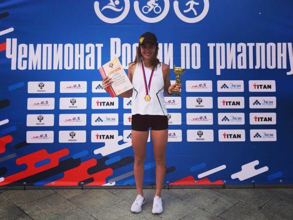 Елена Данилова защитила свой титул чемпионки России по триатлону!