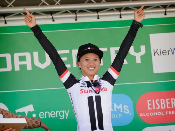 Coryn Rivera Off to a Powerful Start at Women's Tour!