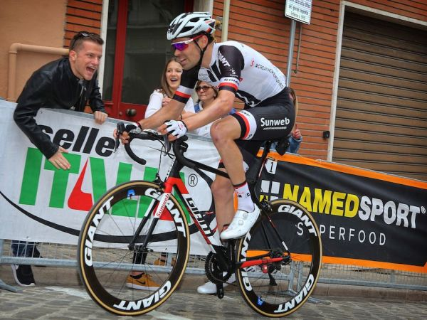 Dumoulin Climbs to Strong 2nd Place on Giro Stage 11