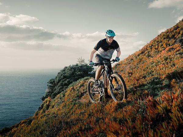 Как ехать в гору на вашем E-MTB