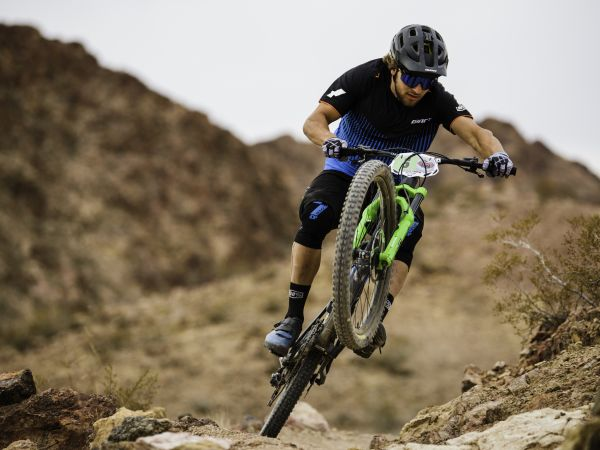Vezina Wins Nevada Enduro Event!