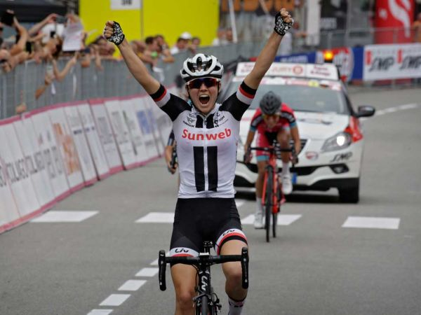 Ruth Winder Wins Stage 5, Team Sunweb Leads Giro Rosa!