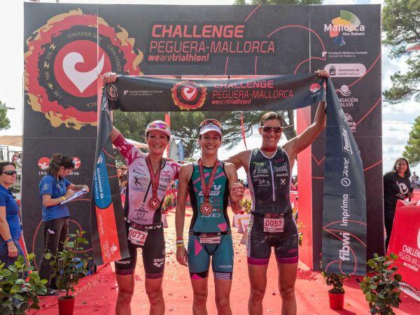 Radka Kahlefeldt Wins Challenge Mallorca 70.3 Triathlon!