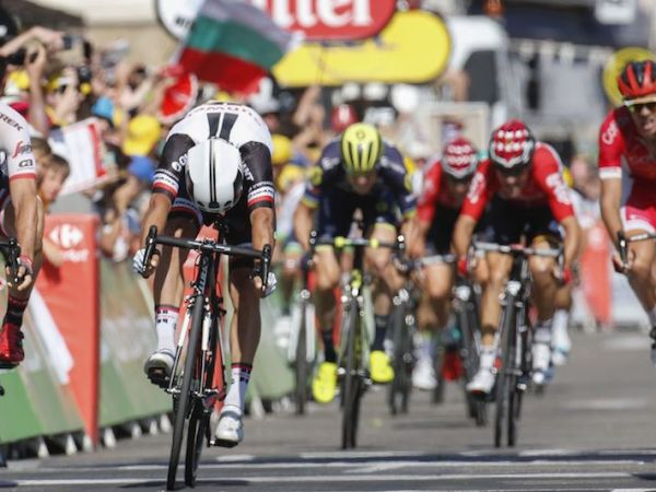 Matthews Delivers Win No. 3 For Team Sunweb at Tour!