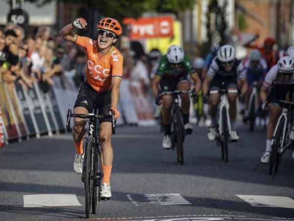 Vos Wins, Takes Over Lead at the To...