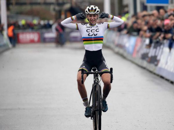 Inge Van Der Heijden Wins Dutch CX National Championships!