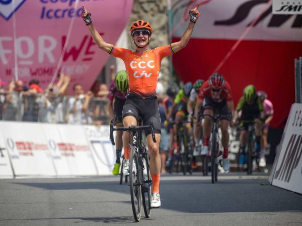 Vos, Giro Rosa 스테이지 2 우승!