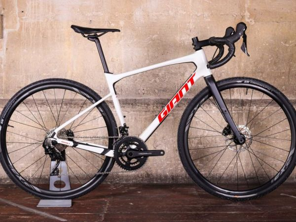 "Road.cc Calls Revolt Advanced Gravel Bike ""Fast and Fun""!"
