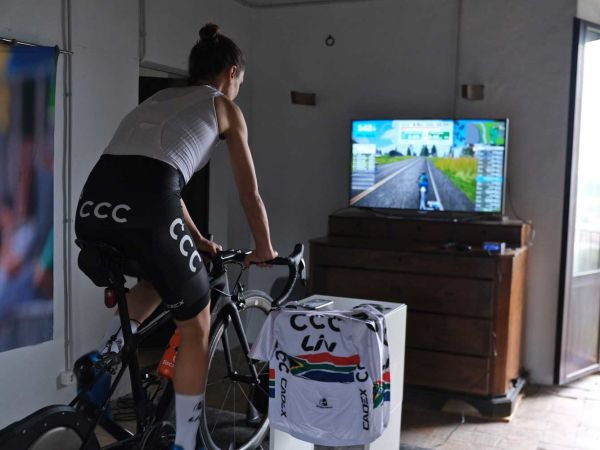Indoor cycling razem z Liv!