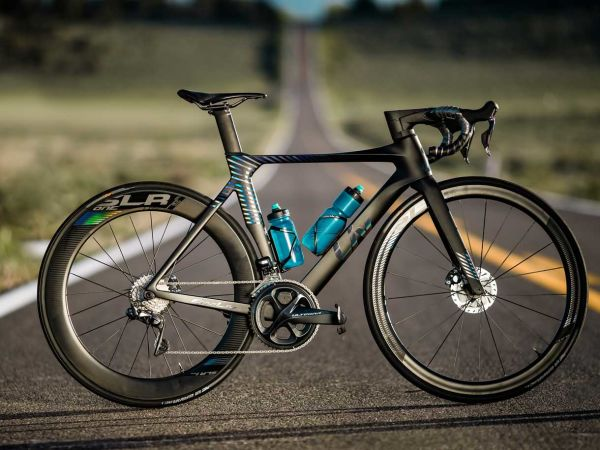 Aero Road Racing Machine EnviLiv Receives Global Praise