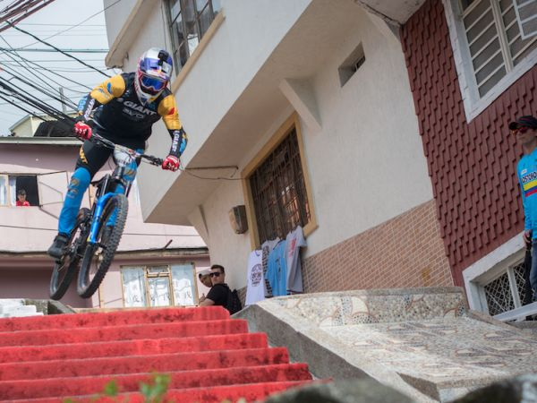 Gutierrez Wins his 9th Manizales Urban DH Title!