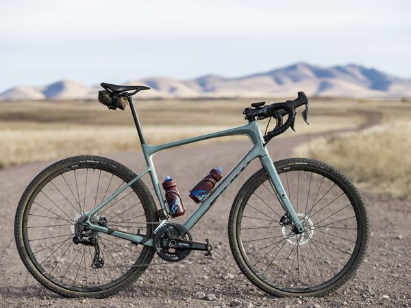 Bike Check: La Revolt Advanced de J...