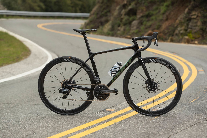 TCR Advanced Pro 0 Disc Force (2020) | Men Race bike | Giant ...